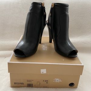 Michael Kors Selina Leather Bootie with box